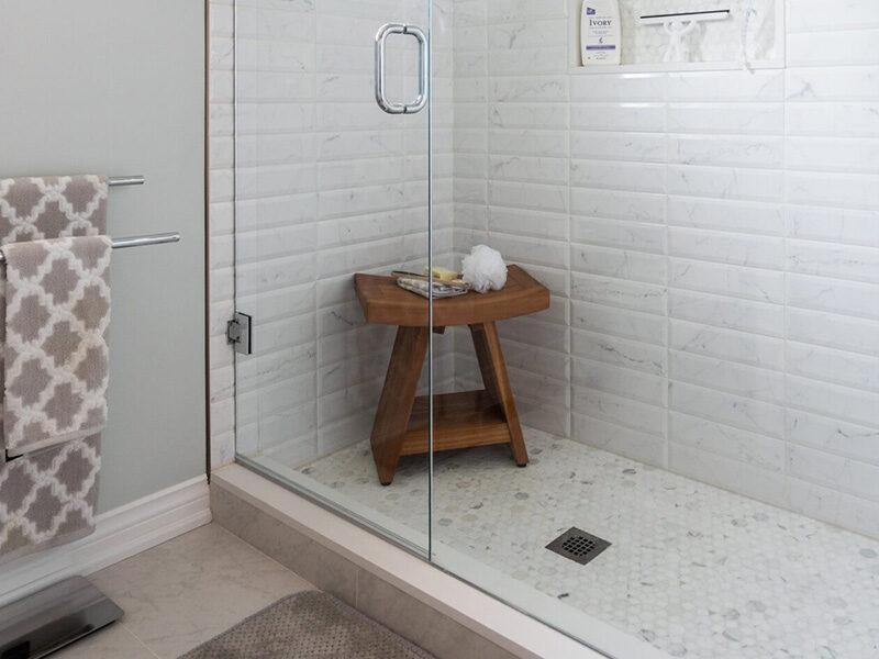 Claver Bathroom