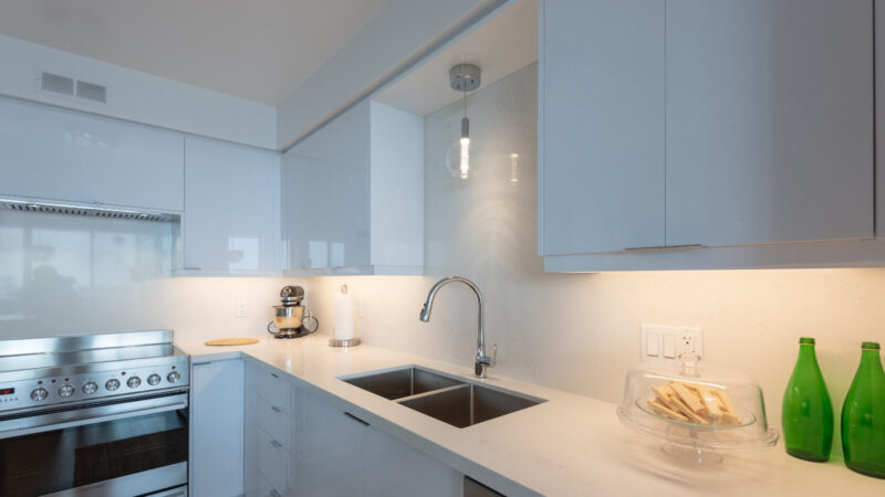 Picking the Right Kitchen Cabinets